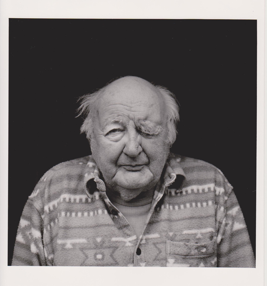 Portraitfoto aus der Serie Veteranen, deutscher Kriegsveteran, Dresden, 2004